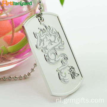 Hond Tag Chain Met Embossed Logo