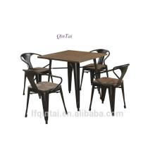 ресторан обеденные столы и стулья