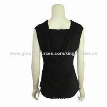 Fashionable women's t-shirt with model fabric