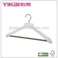 Percha de abrigo de plástico de estilo nuevo con barra de flocado