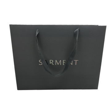 Online Exporter for Single Coated Paper Shopping Bag Hot stamping black card paper packing bag supply to South Korea Importers