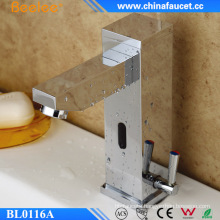 Beelee Touchless Infrared Electronic Temperature Control Sensor Mixer
