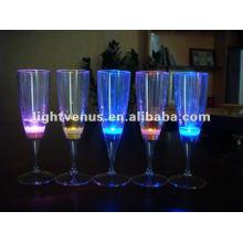 Flüssigkeit aktiv Led blinkendes Glas
