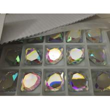Forme de diamant Flat Back Glass Stones Beads