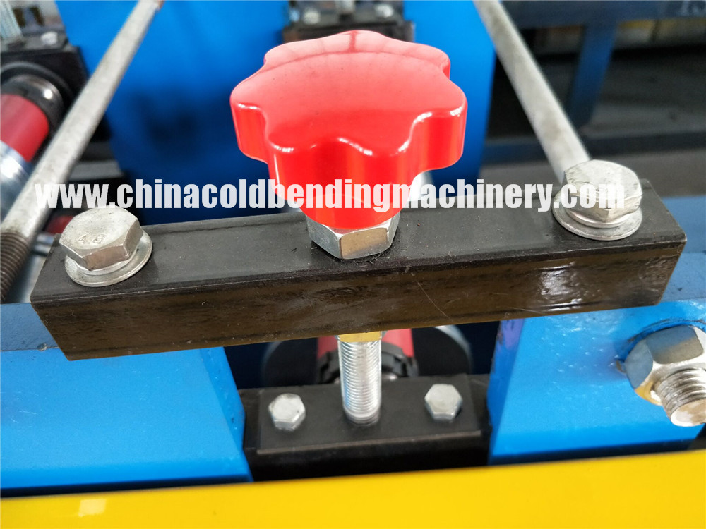 39 55 77 PU foam roller shutter door forming machine
