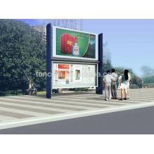 Caja de publicidad en la calle