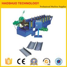 Volet roulant formant la machine / petit pain de porte de volet de rouleau de fer formant la machine / machine de porte de garage