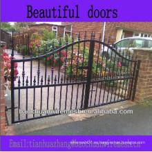 Decorativas puertas o puertas hermosas
