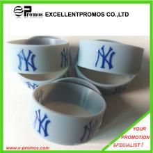 Advertising Logo Customized Silicone Bracelets (EP-W82914)