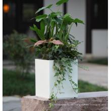 (BC-F1043) Diseño de moda de plástico auto-riego Flower Pot