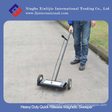 Heavy Duty Quick Release Magnetic Sweeper