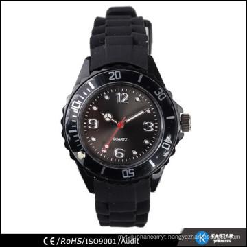 casual quartz watch for sport