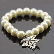 Imitation White Pearl Beads Bracelets with Maple Leaf