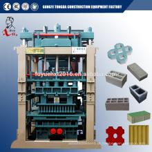 Máquinas automáticas de fabricação de tijolos de cimento de concreto pequeno Máquina de bloqueio de pavimentadora hidráulica