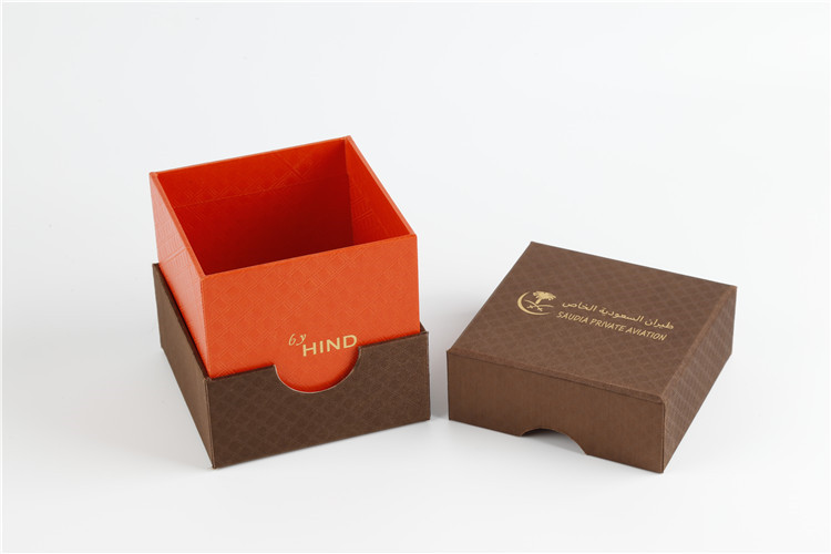 Lid And Bottom Box With Stamping