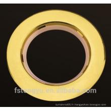 Vente en gros de Spray Paint Plastic Curtain eyelet rideau de bande avec des anneaux