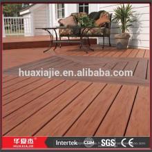 Imperméable WPC Matériaux en bois Revêtements de sol en carreaux