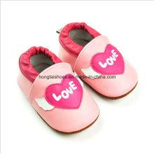 Modèle animal: Chaussures bébé en cuir 1