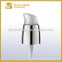 Pompe à lotions de revêtement UV en plastique / pompe à crème 20mm / distributeur de pompe à revêtement uv avec petite surcouche pp