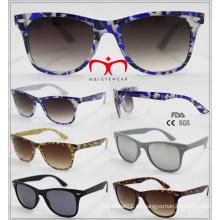 2016 Gafas de sol de plástico de venta de moda y caliente (WSP601539)