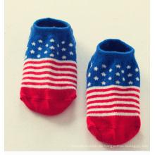 Großhandelsqualitäts-kundenspezifische Baumwollbaby-Socken