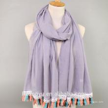 Mode femmes whosale nouvelle arrivée couleur unie turc fantaisie coton plaine viscose gland hijabs