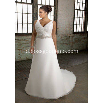 V-neck Chapel Kereta A-line Organza Over Satin Beading Plus Size Wedding Dress