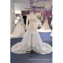 Robe de mariée courte en dentelle avec perles