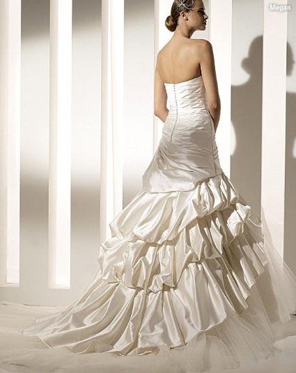 Trumpet Mermaid Strapless Chapel Train Taffeta Organza Ruffled Wedding Dress
