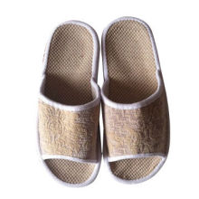 Fashionable Women's Slippers