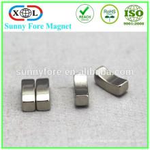 pièces de moteur magnétique puissant arc forme