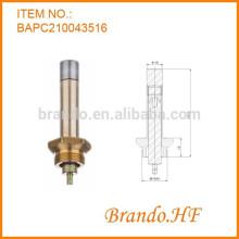 Aplicación de la válvula solenoide de empuje de presión Tipo de enclavamiento Ensamblaje de la válvula solenoide