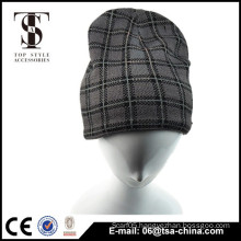 Men winter fashionable checked knotted hat