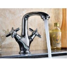 Mitigeur d'évier lavabo de luxe à deux poignées (DH39)