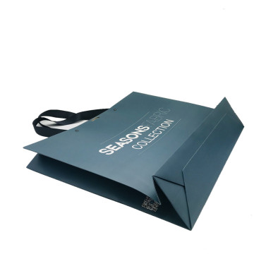 paper gift clothing shopping bag