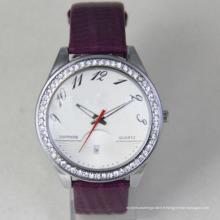 La montre-bracelet du Japon marque la montre classique de garçon de Londres avec l'homme