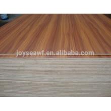 1220 * 2440mm Heißpress Sperrholz Melamin beschichtet Sperrholz zum Verkauf