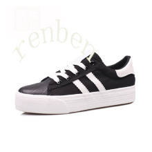 Hot New Sale Women′s Classic Canvas Shoes
