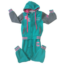 Winter Fashion Girl Children Clothes in Sport Wear Suit for Kids Apparel Swg-153