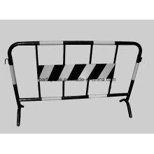 Металлический забор для изоляции или охранник