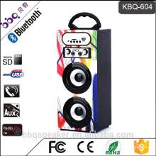 Karaoke System 1200mAh beste Bluetooth Lautsprecher Holzkiste mit FM Radio USB