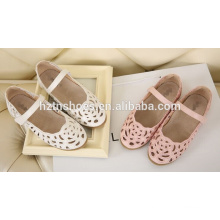 Cavidade para fora miúdos sandálias China meninas sandálias bordado design