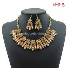 Flies Shape Gemstone Charms Alloy Party Necklace For Women
