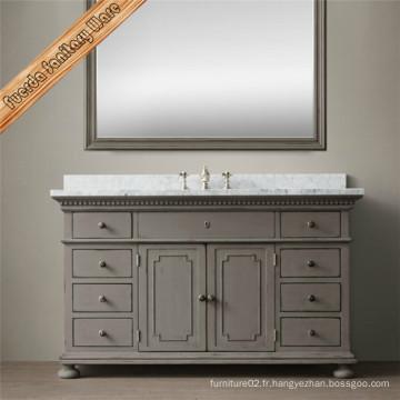 Cabinet de salle de bains en bois à la mode