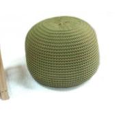 Otomano de pufe de crochê feito à mão