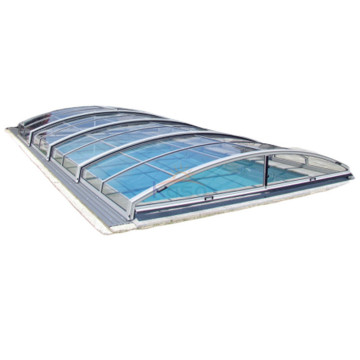 Couverture de piscine rétractable en polycarbonate