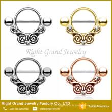 Anneaux de bouclier de mamelon d'acier inoxydable plaqué par strass de conception d'or de tribal haltères