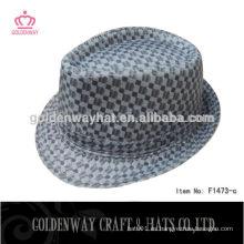 Sombreros a cuadros negros y blancos comprobados del sombreros