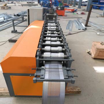 Высококачественная формовочная машина для стальных дверных ставен