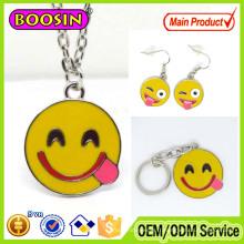 Pendentif personnalisé en langue des signes Emoji pour les lèvres Smiley en alliage pour cadeaux